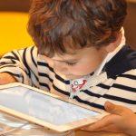 Tablette, Ecran, Smartphone, Téléphone-Portable, Education, Famille, Solutions, Efficaces, Médias, Magazines, Radio, TV, ,
